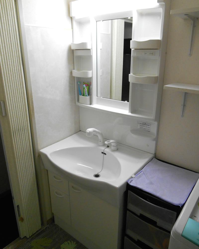 は シャンプー ドレッサー と 洗面化粧台・シャンプードレッサーの交換工事/札幌市の指定工事店